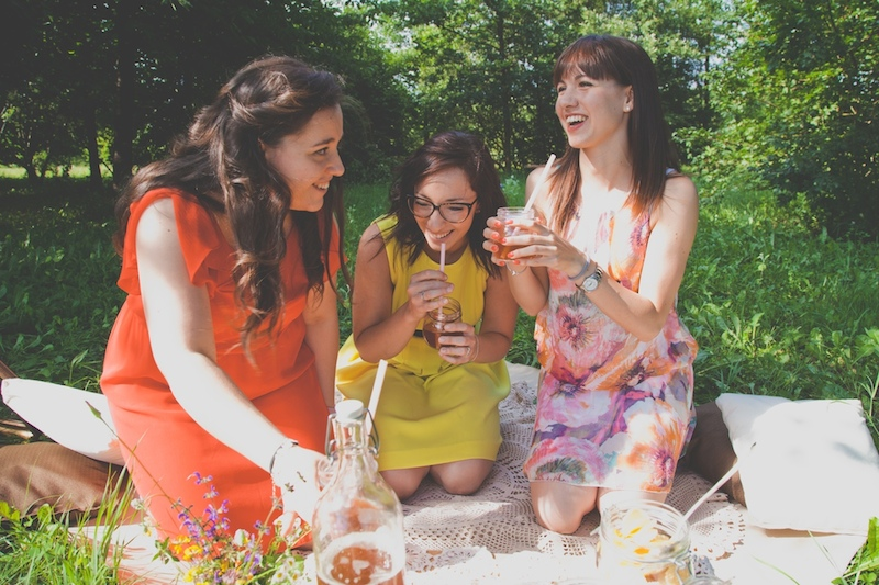 pic nic vintage_amiche_friendship_bride to be