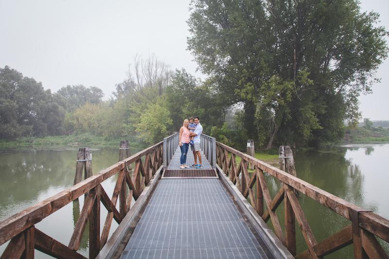 Viviana+Andrea_engagement_save the date_family portrait